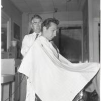 Charlie Ray Cutting Hoy Edmisten's Hair